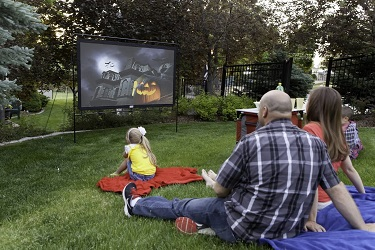 "CAMP CHEF 92"" Outdoor Portable Projector Screen"